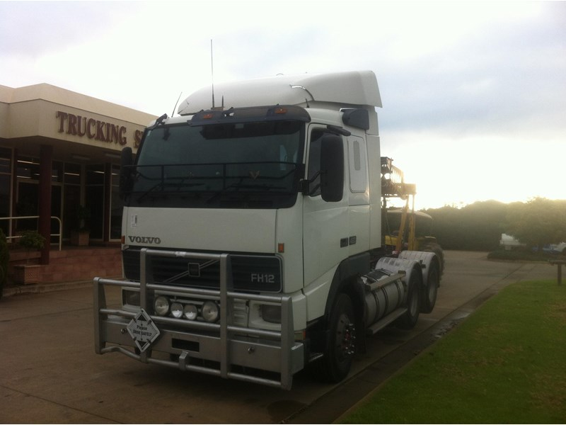 volvo fh12 706013 002