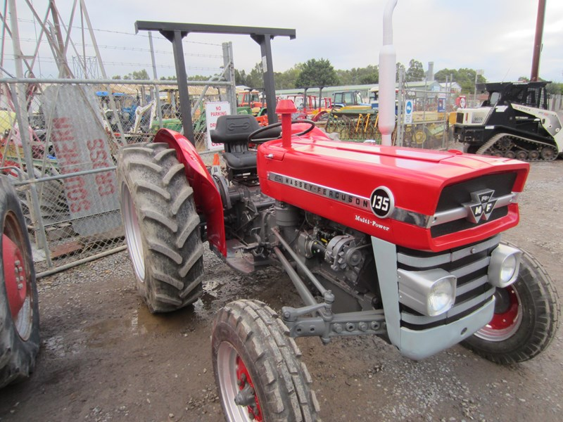 massey ferguson 135 tractor 12 speed 621724 008