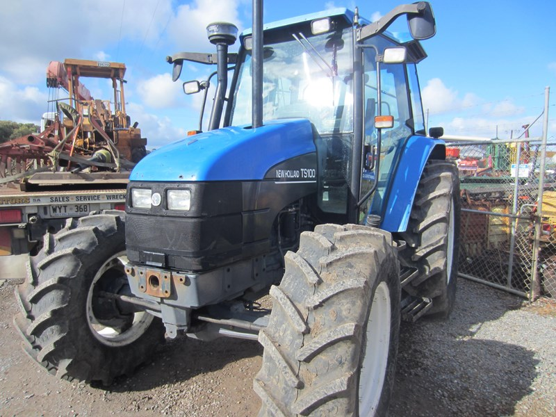 NEW HOLLAND TS100 TRACTOR for sale