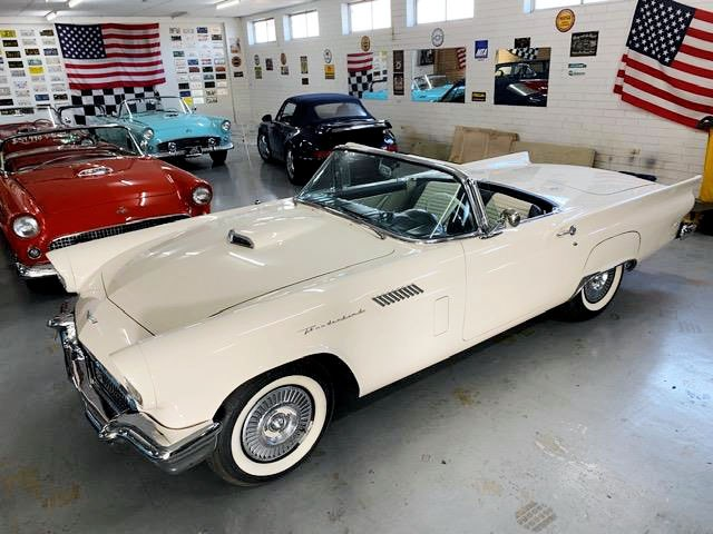 ford thunderbird 706329 001