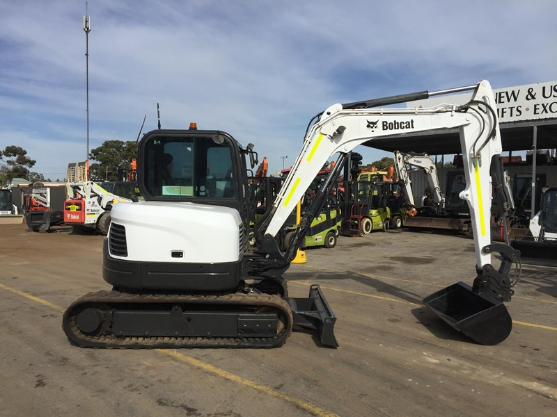 BOBCAT E60 - GOOD CONDITION - PRICE REDUCED for sale