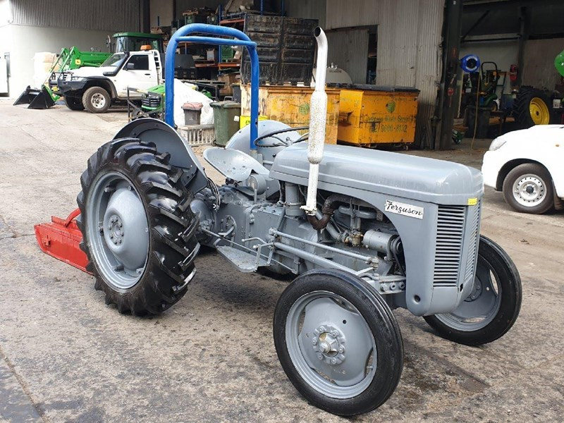 MASSEY FERGUSON TEA20 Slasher Tractor for sale