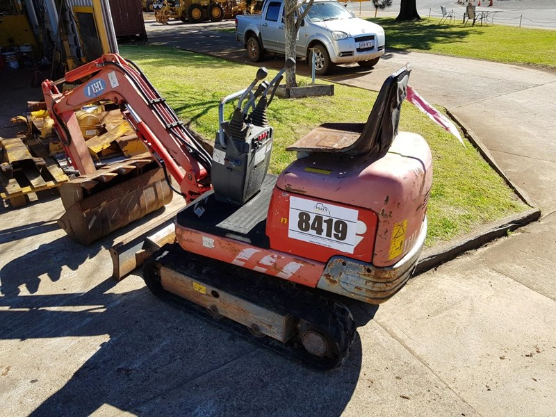 2002 IHI NANA 7J for sale