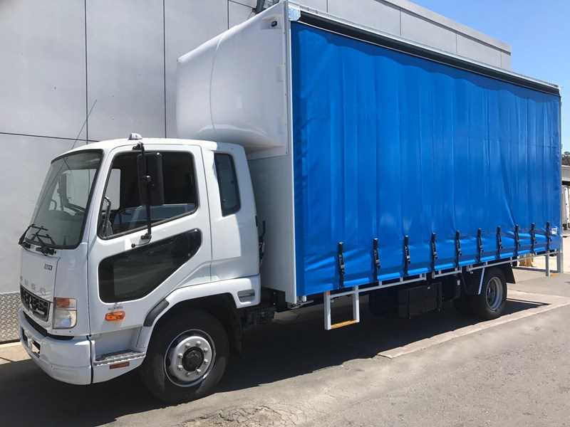 2017 FUSO FIGHTER FK62FLY1RFAC for sale