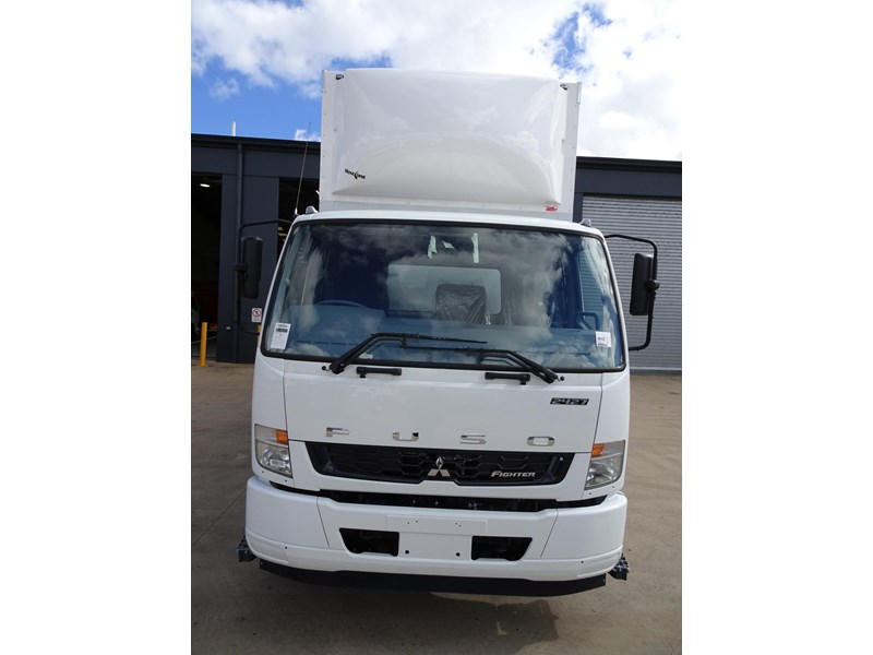 fuso fighter 2427 709232 004
