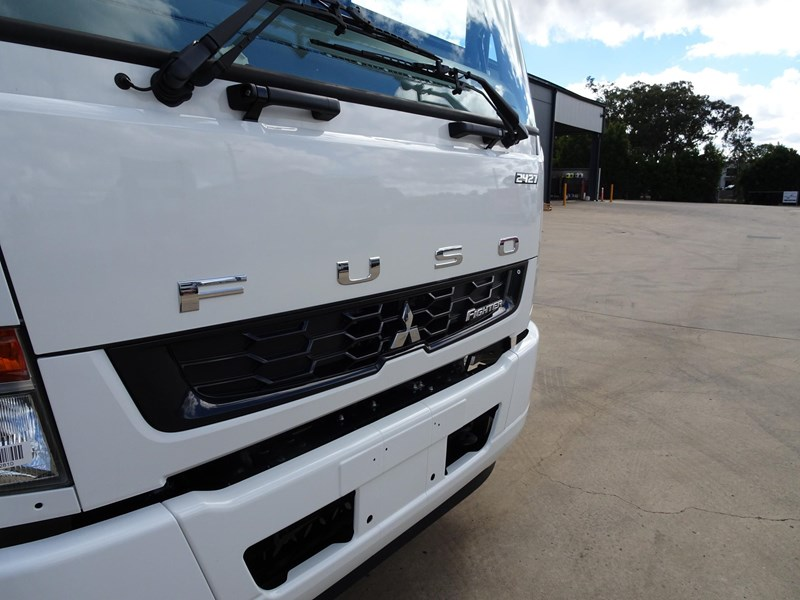 fuso fighter 2427 709232 008