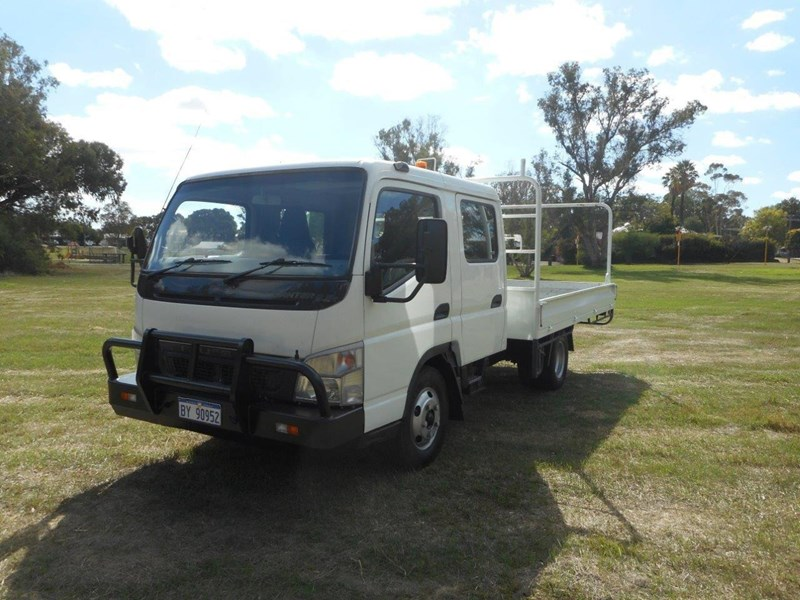 fuso canter 700651 009