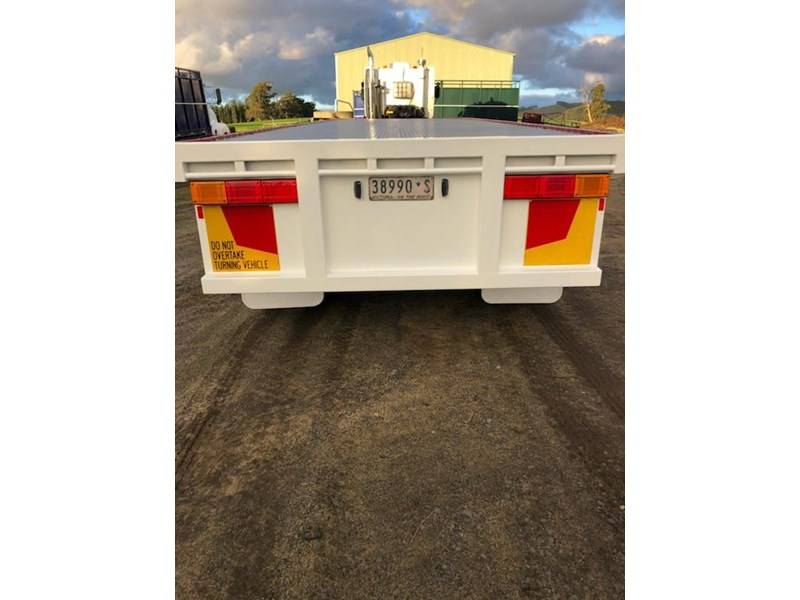 southern cross flat top-trailer 708041 004