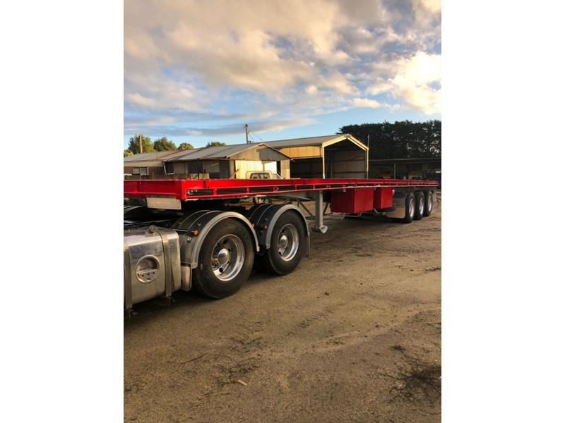 southern cross flat top-trailer 708041 002