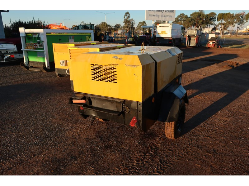 ingersoll-rand p130wd mobile diesel compressor 686209 003