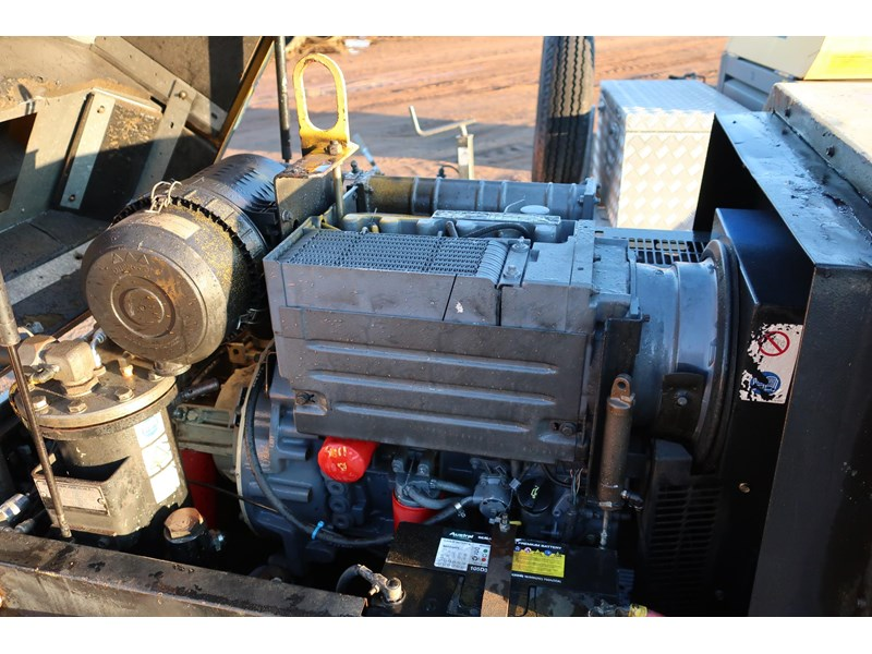 ingersoll-rand p130wd mobile diesel compressor 686209 004