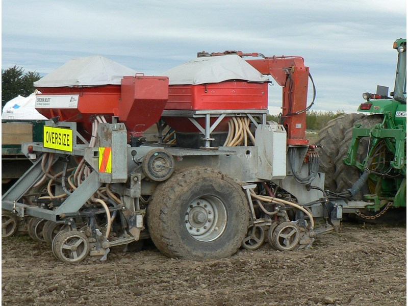cross slot non-tillage 711753 001