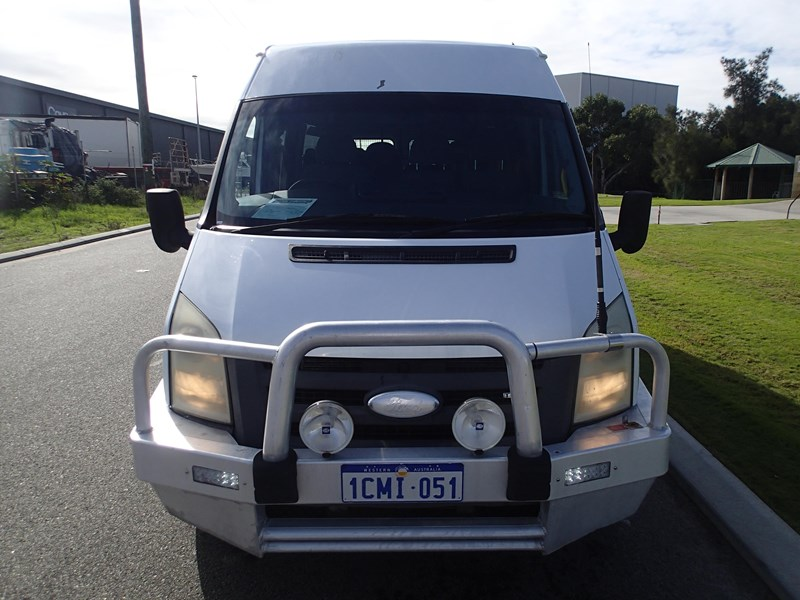 2006 FORD TRANSIT BUS 4 X 2 for sale