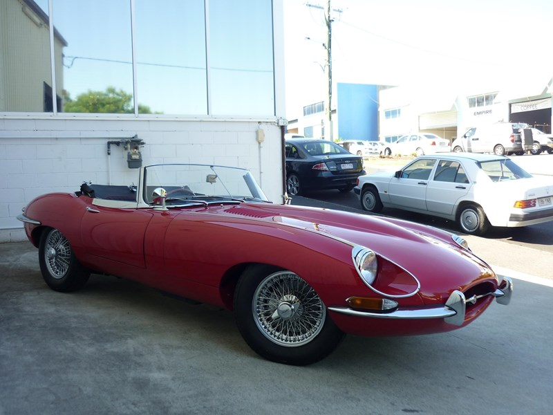 jaguar e-type 715256 003