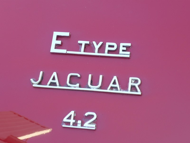 jaguar e-type 715256 008