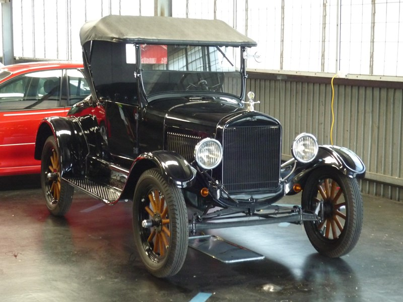 ford model t 715258 003