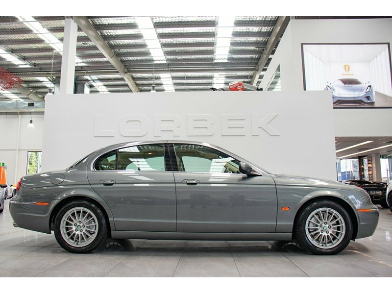 jaguar s-type 675823 006