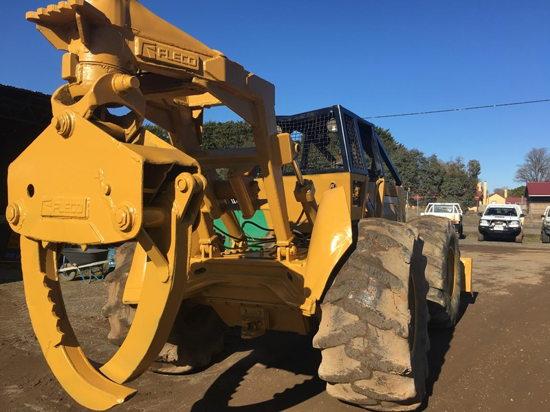 CATERPILLAR 518 LOG SKIDDER for sale