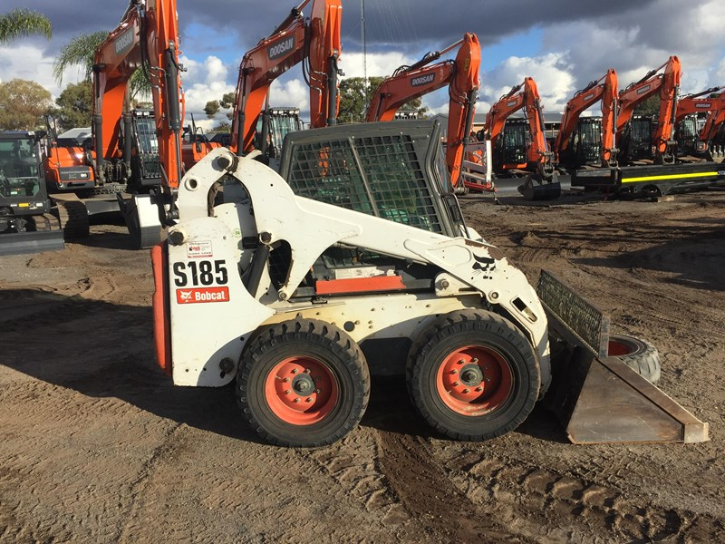 2012 BOBCAT S185 - HAND AND FOOT CONTROL - WELL LOOKED AFTER