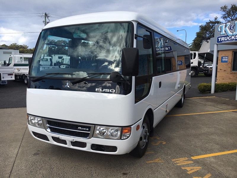 fuso rosa deluxe 25 seats 719830 007