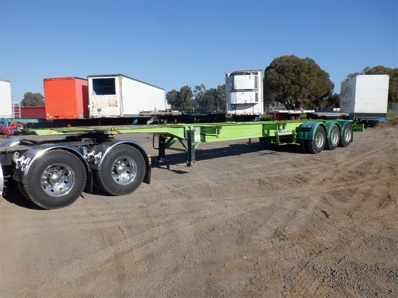 krueger skeletal trailer 717745 001