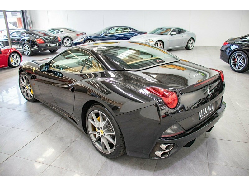ferrari california 694110 024