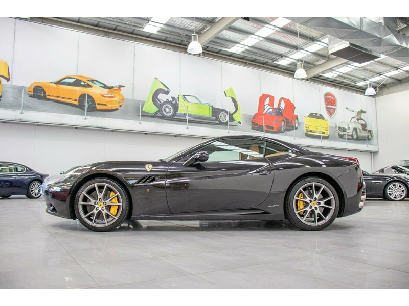 ferrari california 694110 027