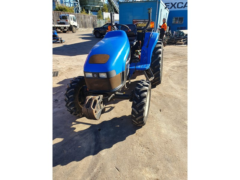 new holland tc40s 722048 001