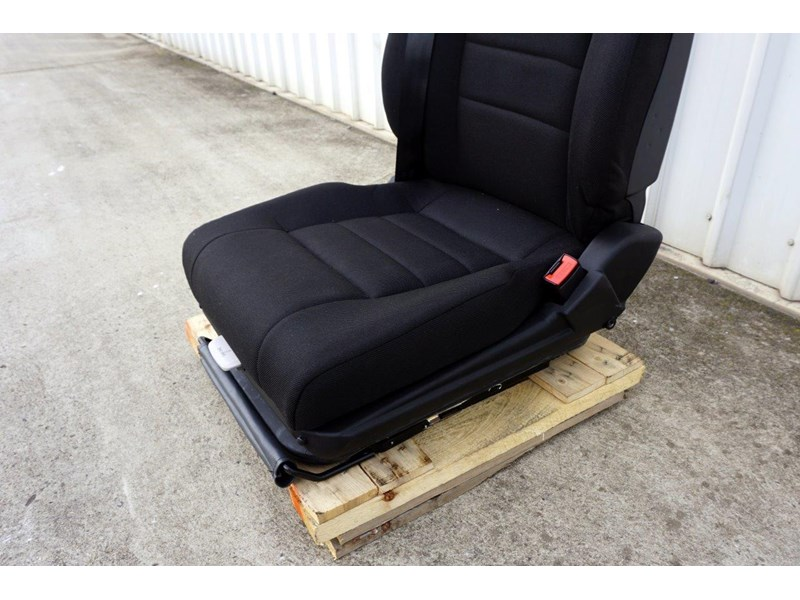 daf cf7585 drivers air seat 722226 005