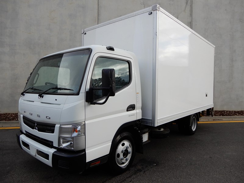 fuso canter 515 717712 001