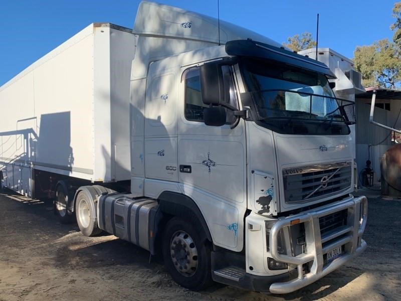 volvo fh16 723821 002