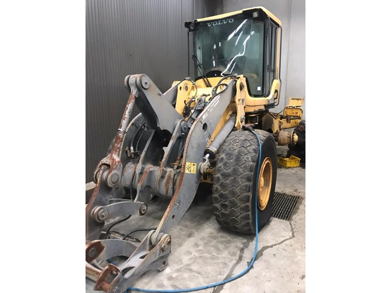 volvo volvo l90f wheel loader 726761 003