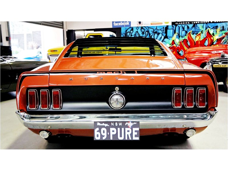 ford mustang 727208 041