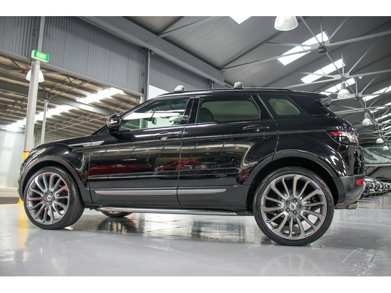 land rover evoque 665555 029