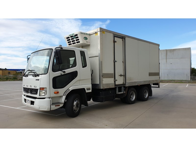 fuso fighter 1024 728514 005