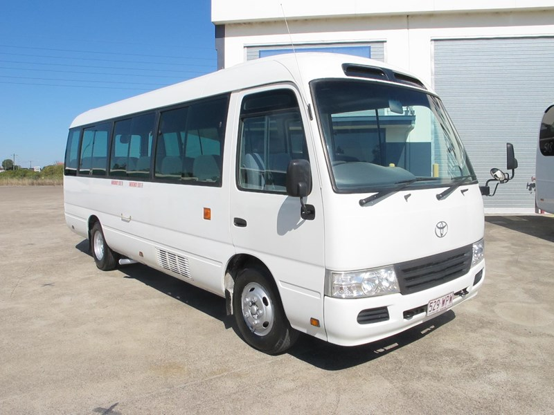 toyota coaster 50 series 21 seater bus 728738 001