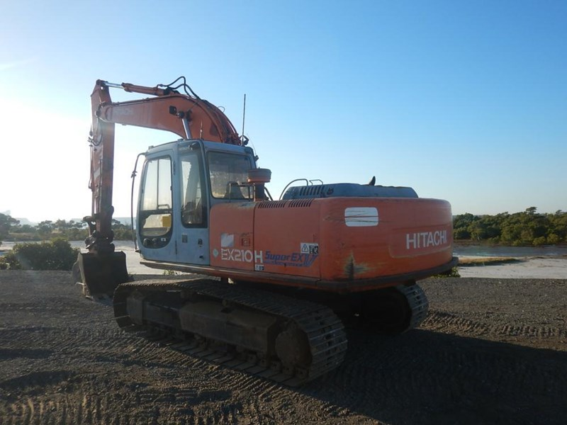 HITACHI ZX210H-3 for sale