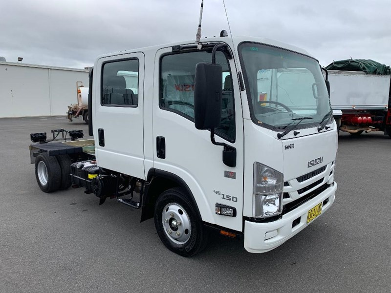 isuzu n series 729735 001