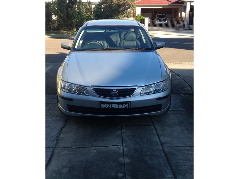 holden berlina 730181 007