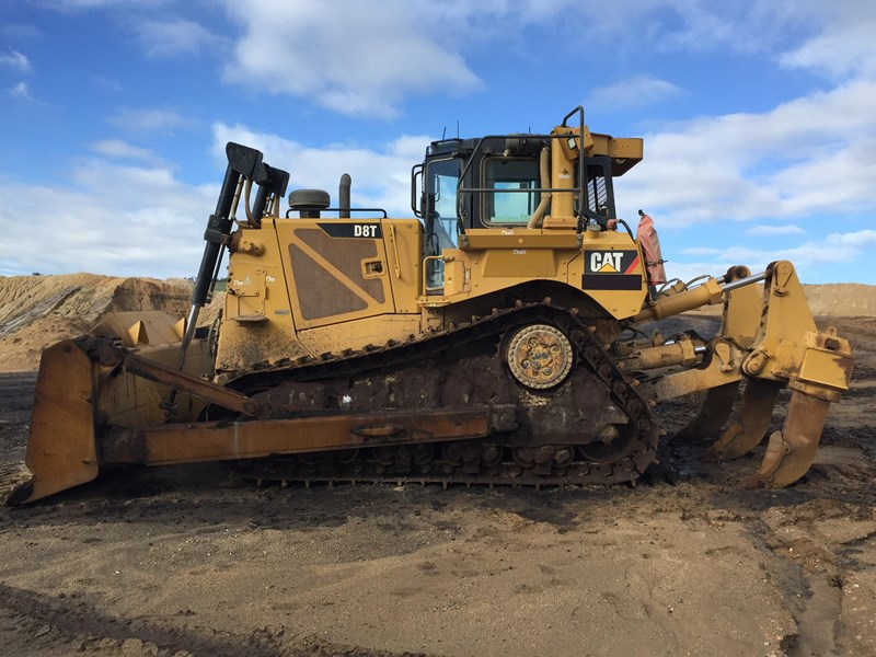 caterpillar d8t dozer 730456 002