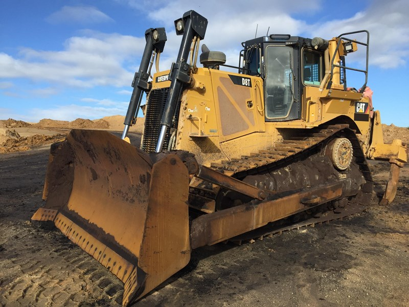 caterpillar d8t dozer 730456 001