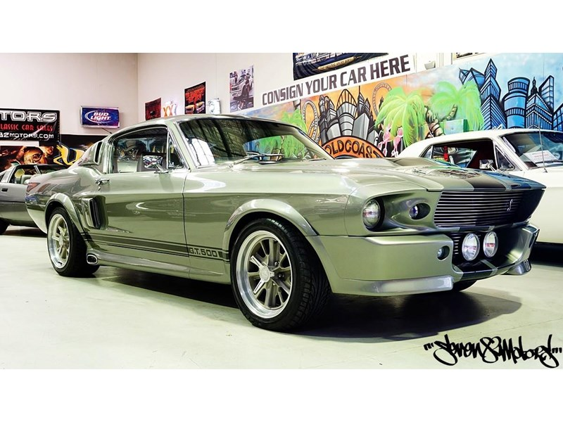ford mustang 733055 001