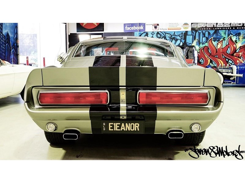 ford mustang 733055 005