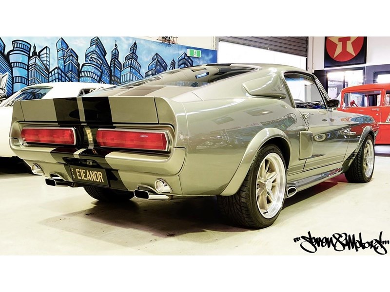 ford mustang 733055 006
