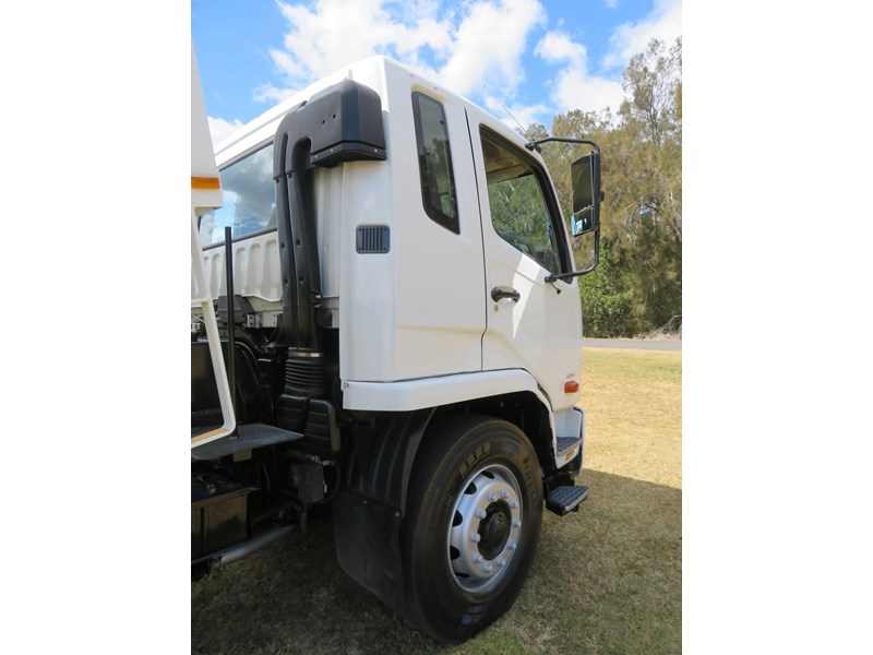 fuso fighter 1627 708811 018
