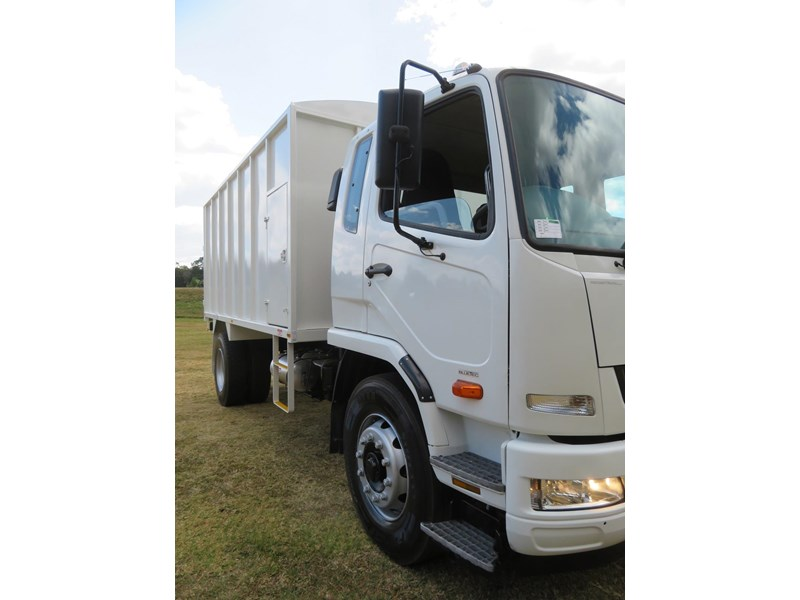 fuso fighter 1627 708811 025