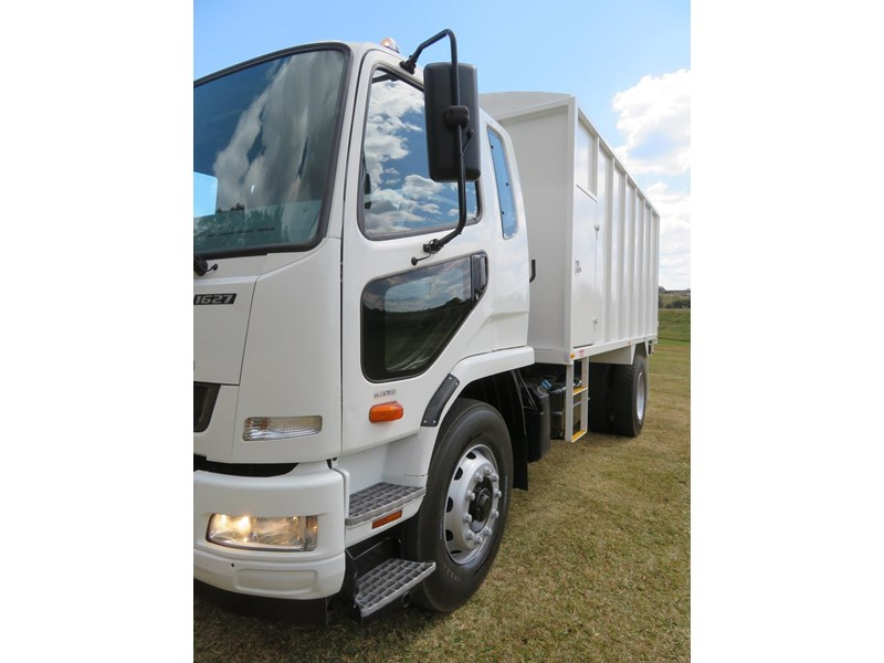 fuso fighter 1627 708811 026