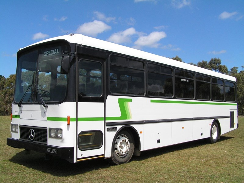 mercedes-benz coach  aluminium body 735982 003