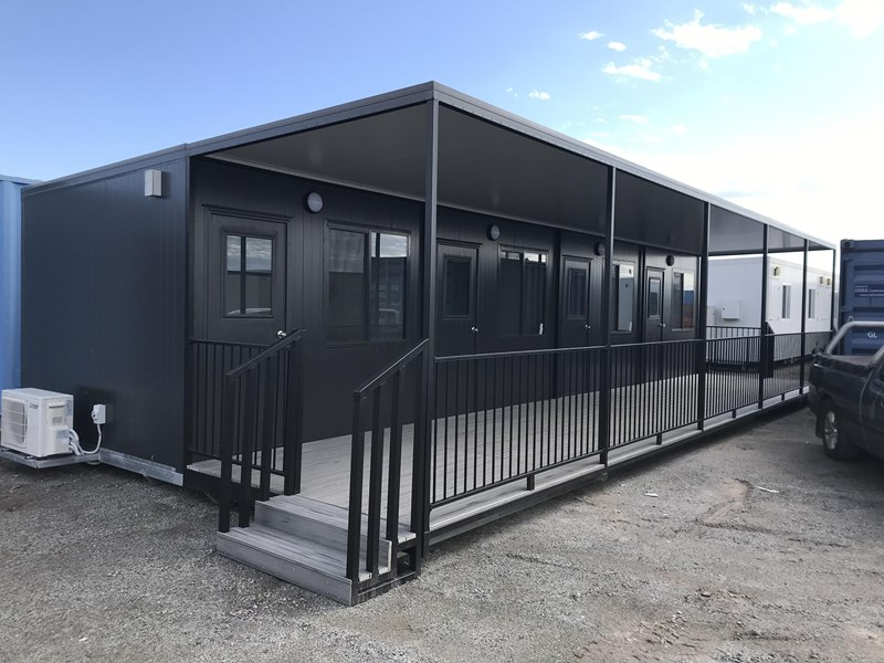 mcgregor 12.0m x 3.0m site office with 2.5m verandah 736652 001