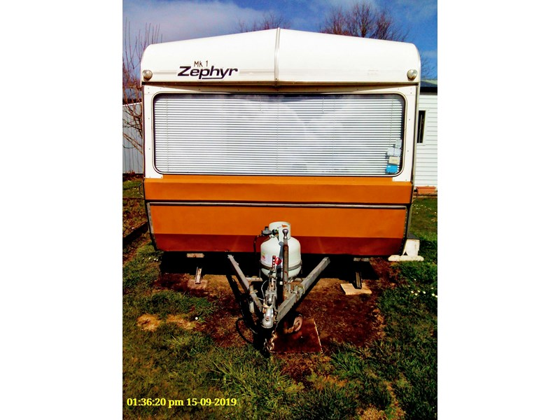 zephyr executive 738163 002